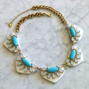 🌼 Carolee mother of pearl + turquoise necklace